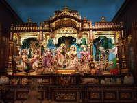 1 Radha-gopinatha mandira full altar