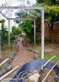 Prabhupada-House-garden