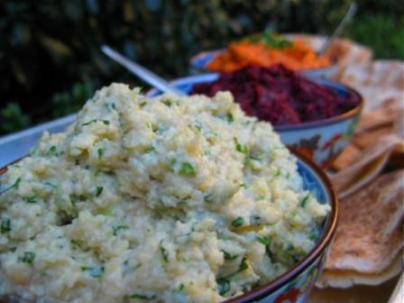 Creamy-Vegan-Cashew-Dip: