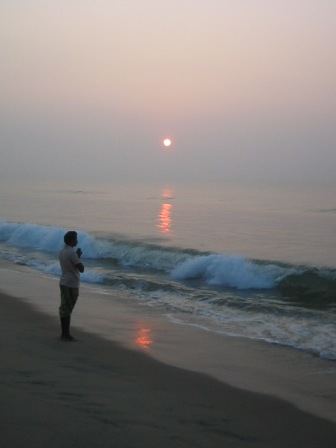 sunrise puri beach: